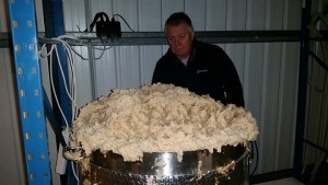 Paul and Unreal stout fermentation_small